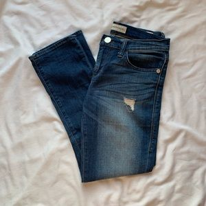 Rock & Republic Kendall Distressed Jeans Size 4